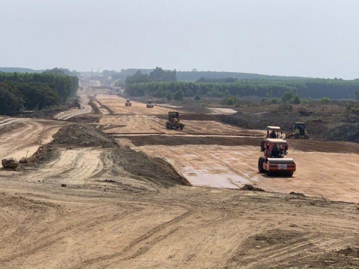 Cập nhật 24/7: Cao tốc Dầu Giây - Phan Thiết, cận cảnh tiến độ xây dựng 3