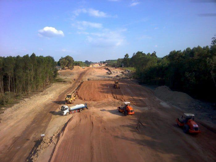 Cập nhật 24/7: Cao tốc Dầu Giây - Phan Thiết, cận cảnh tiến độ xây dựng 8