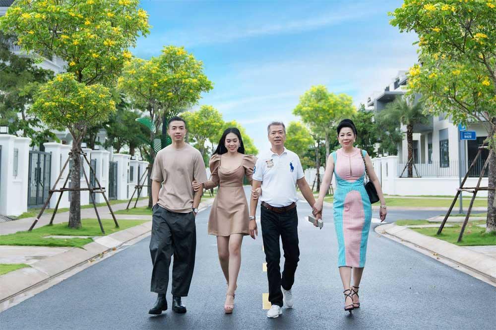 Nhà thiết kế Linh San Aqua City